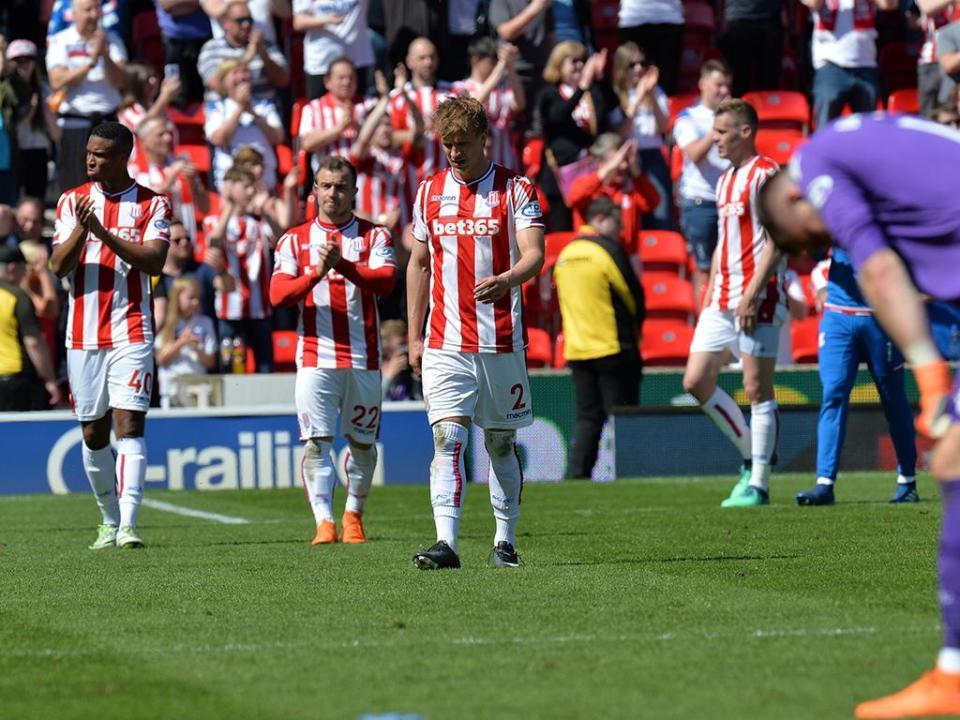 OFICIAL: Tom Ince reforça o Stoke City