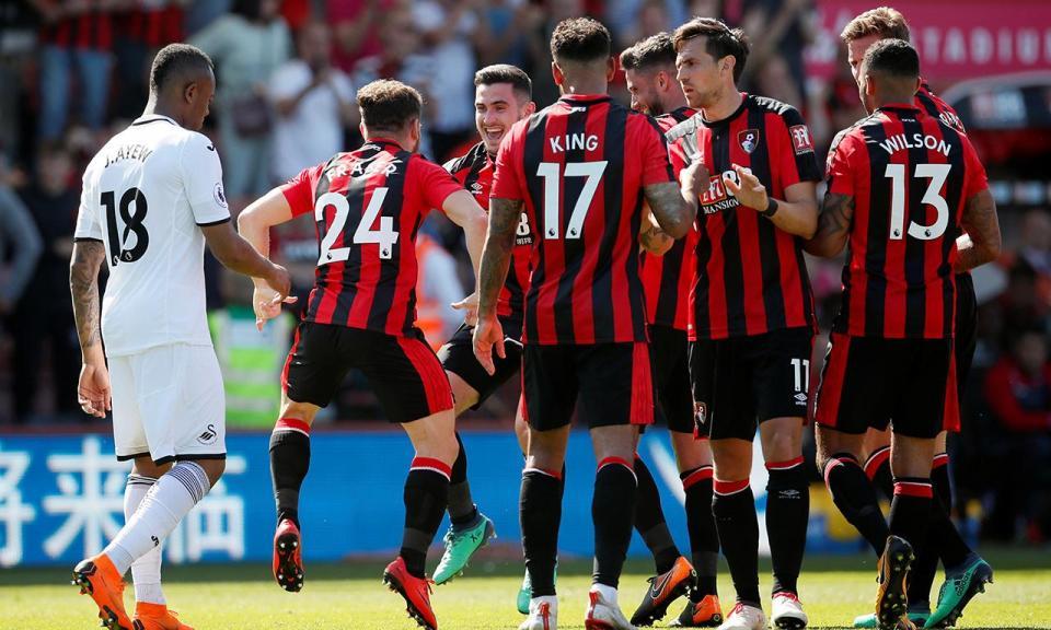 Inglaterra: Bournemouth renova com Junior Stanislas