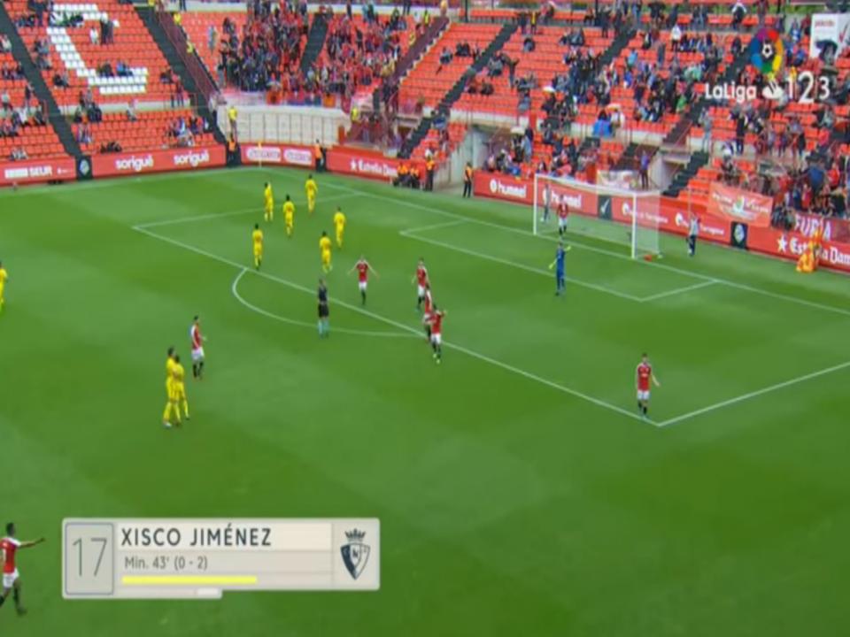 VÍDEO: tudo à espera do fora de jogo e... golo de calcanhar