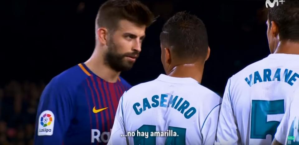 VÍDEO: Piqué para Casemiro: «Podes fazer quantas faltas quiseres...»