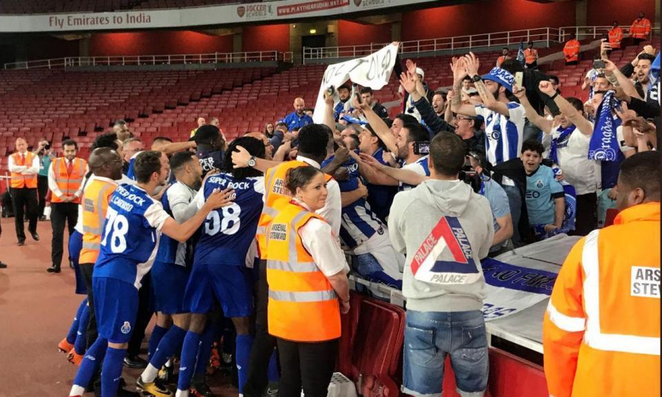 FC Porto vence Arsenal e revalida título da International Cup
