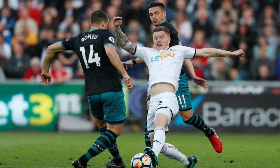 Capitão do Swansea diz: «Não depende de nós, esperamos um milagre»