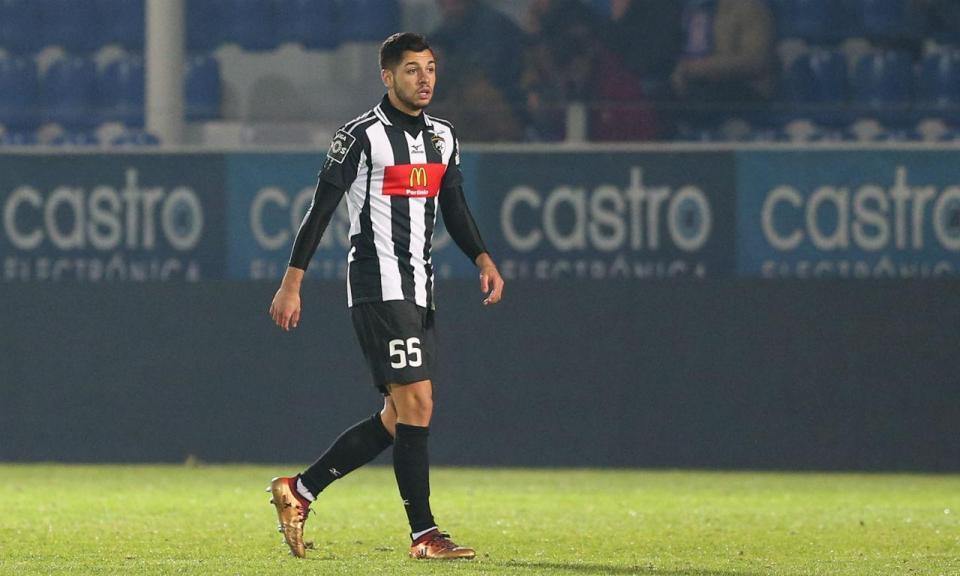 Rafa Soares: o que falhou no Fulham e o que funciona em Portimão