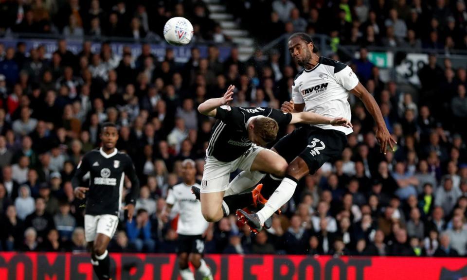 Championship: Derby County em vantagem no play-off com Fulham