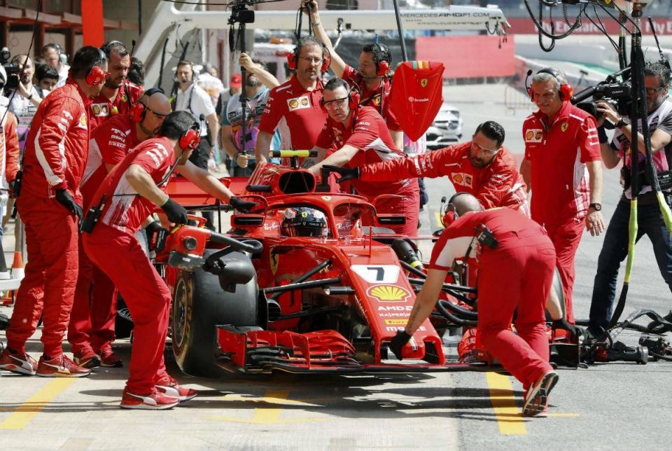 GP de Espanha: Ferrari troca motor do carro de Raikkonen