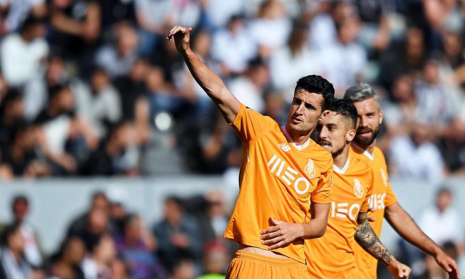 FC Porto: AS Roma confirma chegada de Marcano