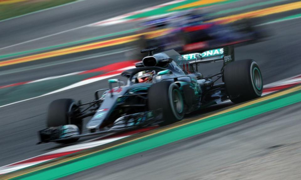GP de Espanha: Mercedes de Hamilton foi inalcançável