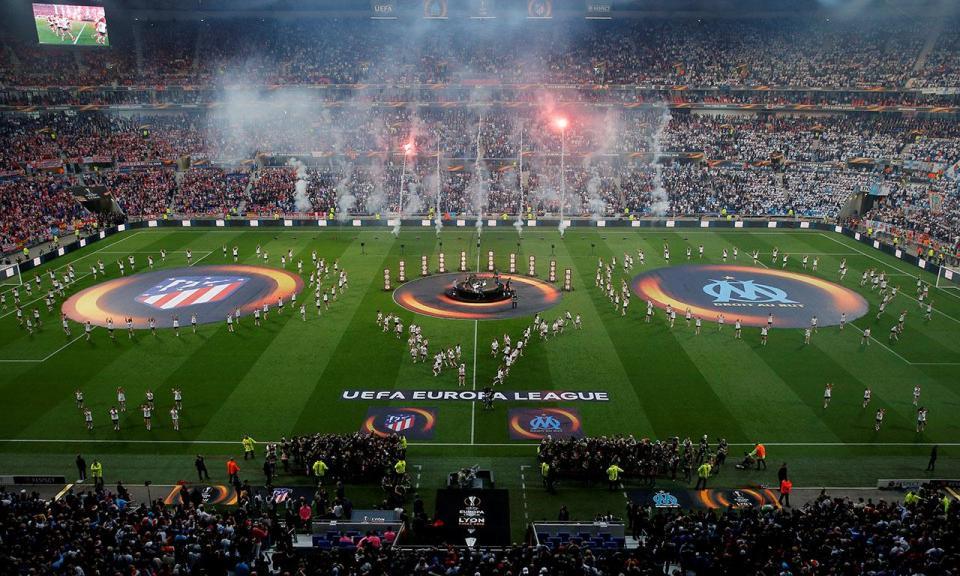 UEFA obriga Atl. Madrid a fechar uma bancada do estádio