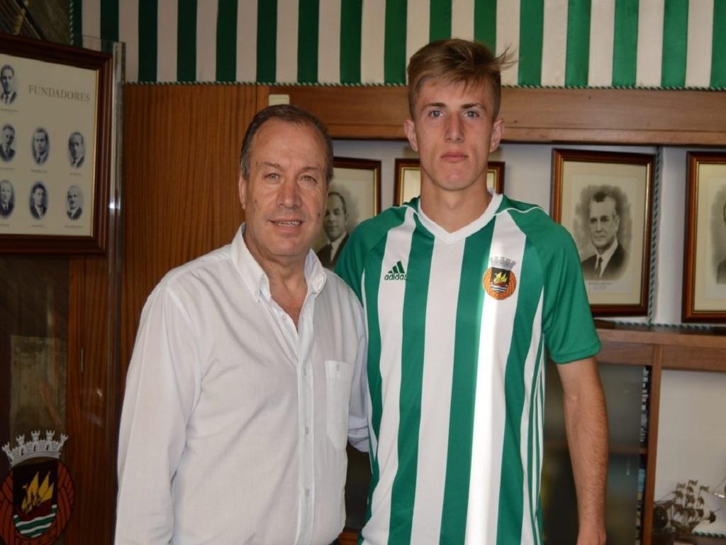Rio Ave assina contrato profissional com internacional sub-18