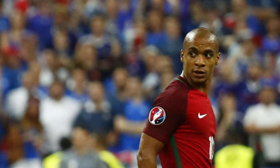 João Mário: «Não temos a pressão de vencer»