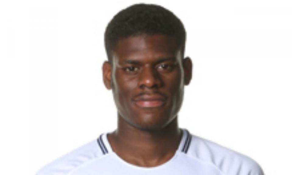 Eyoma, o Thuram dos «Spurs»