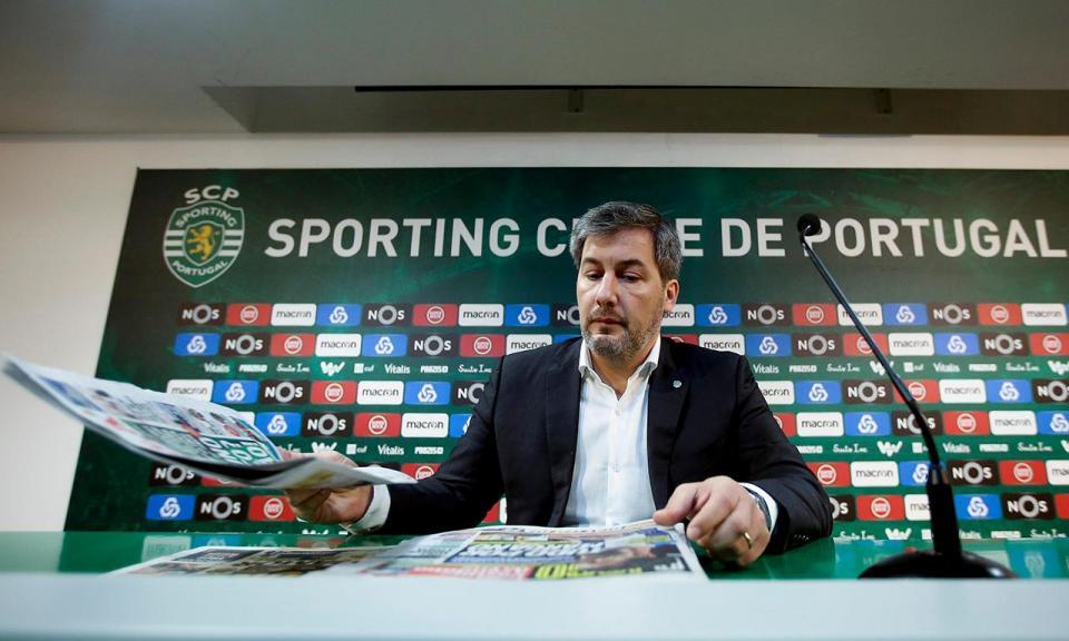 Sporting: Bruno de Carvalho diz que AG do dia 17 pode ser destituitiva