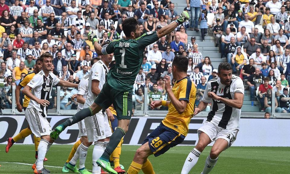 Itália: Juventus vence na consagração e no adeus de Buffon