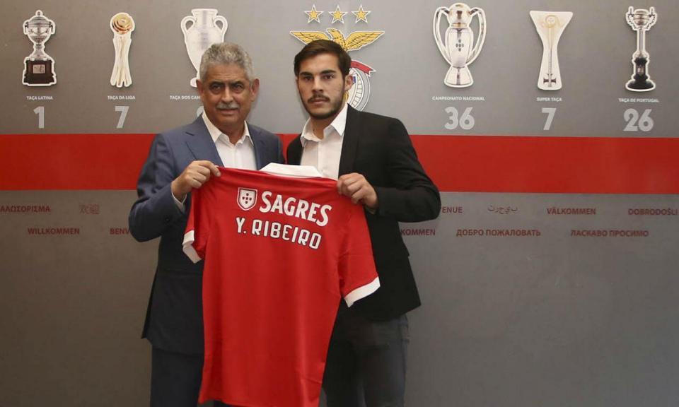 OFICIAL: Yuri Ribeiro regressa ao Benfica e renova por cinco épocas