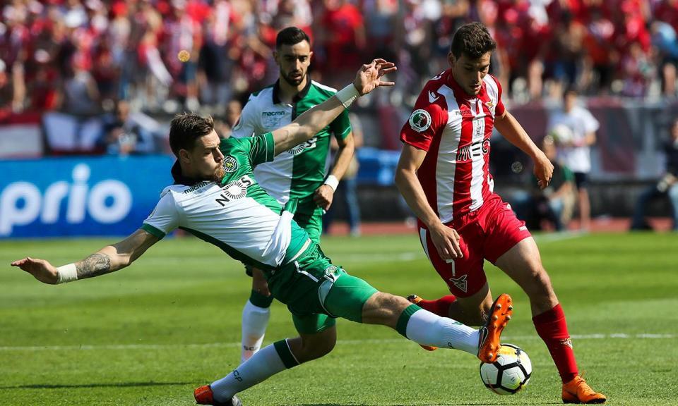 VÍDEO: Alexandre Guedes finalizou excelente contra-ataque do Desp. Aves
