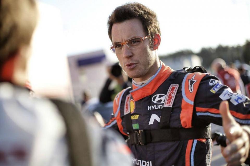 """Thierry Neuville: """"Segui o exemplo de Loeb e forcei até à vitória"""""""