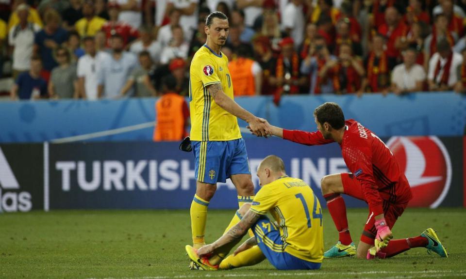 «Zlatan? Se estivesse em forma, qualquer técnico do mundo o traria»