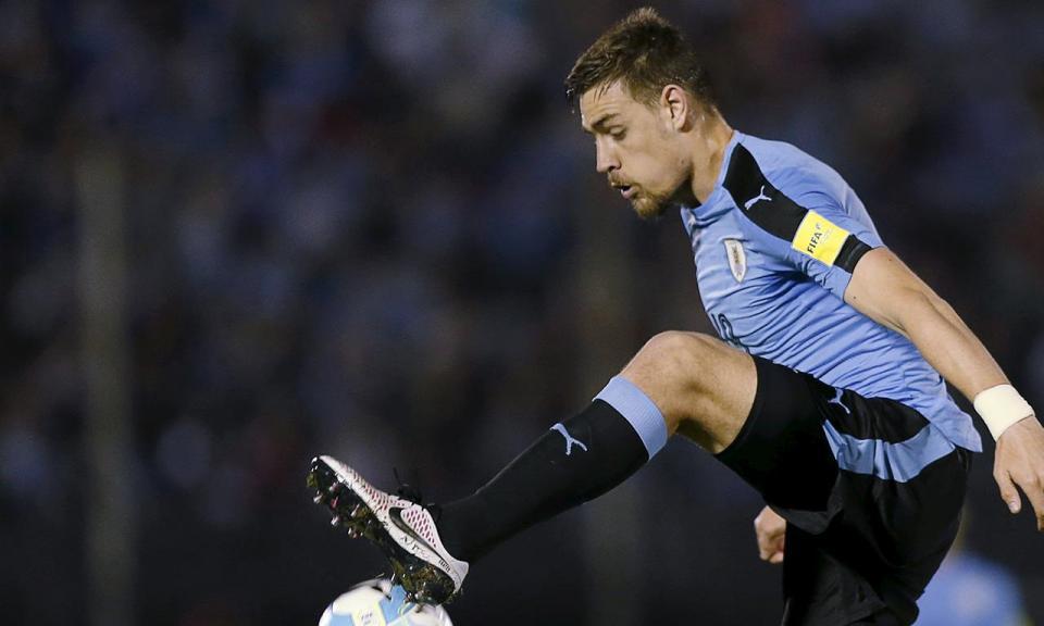 Uruguai: Coates chamado à seleção, Cavani de fora