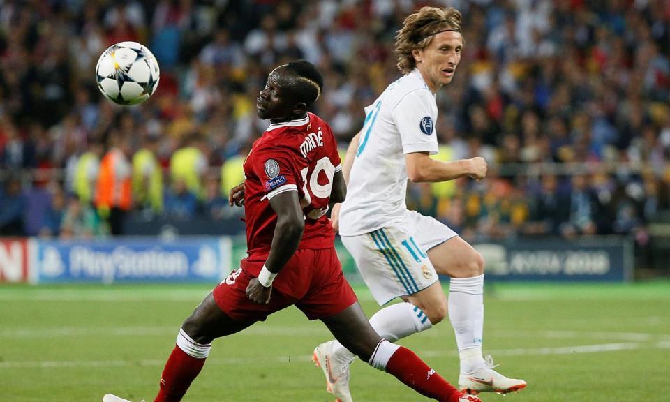 Real Madrid: Modric regressa ao trabalho