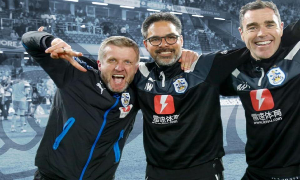 Inglaterra: Huddersfield dá contrato de longa duração ao treinador