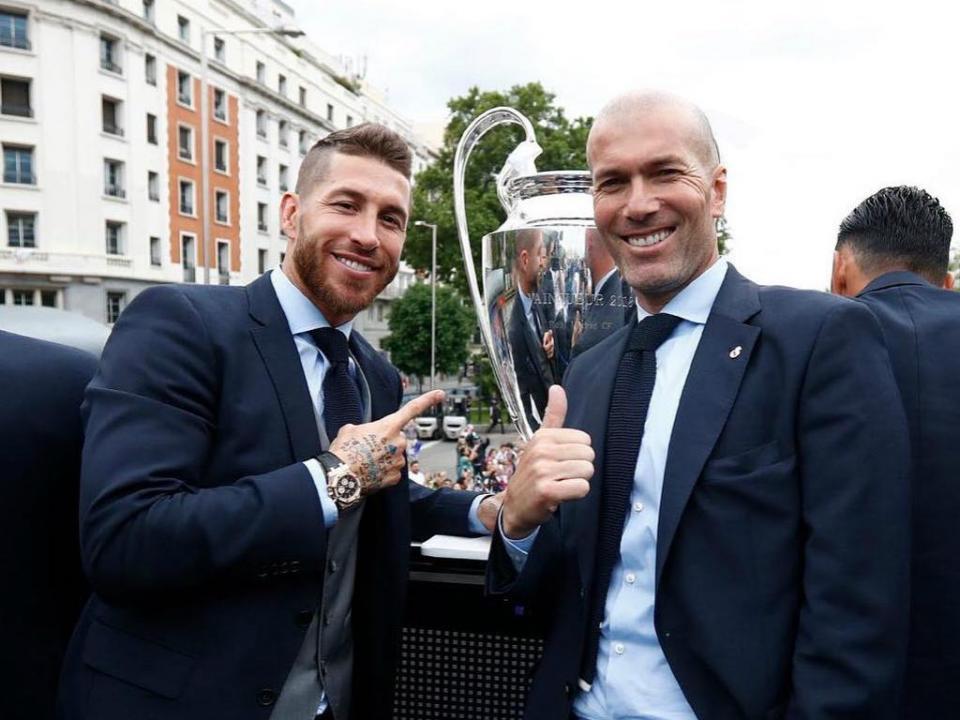 Jogadores do Real Madrid despedem-se de Zidane nas redes sociais