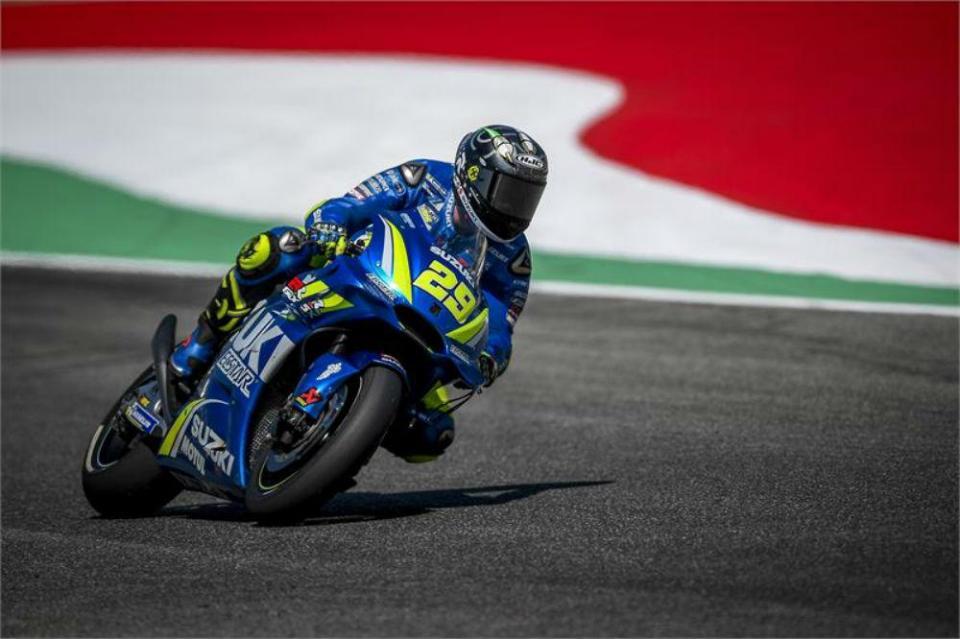 Warm UP GP Itália: Iannone na frente, Oliveira em 8.º