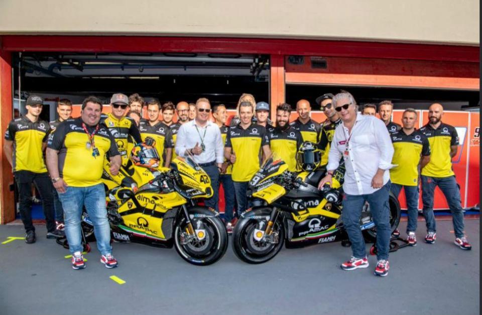 Petrucci e Miller com as cores da Lamborghini em Mugello