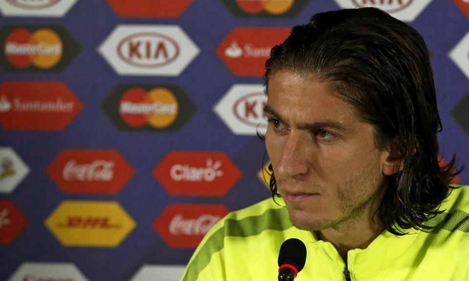 Filipe Luís admite que pediu para ir para o PSG, mas nega insistência