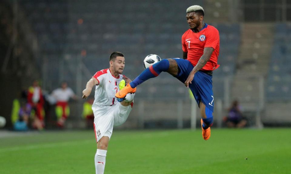 VÍDEO: Zivkovic viu de perto um dos falhanços do ano