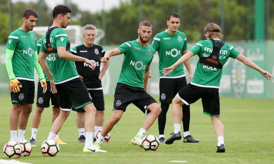 Sporting faz ponto de situação: três jogadores negociados (e Fábio)