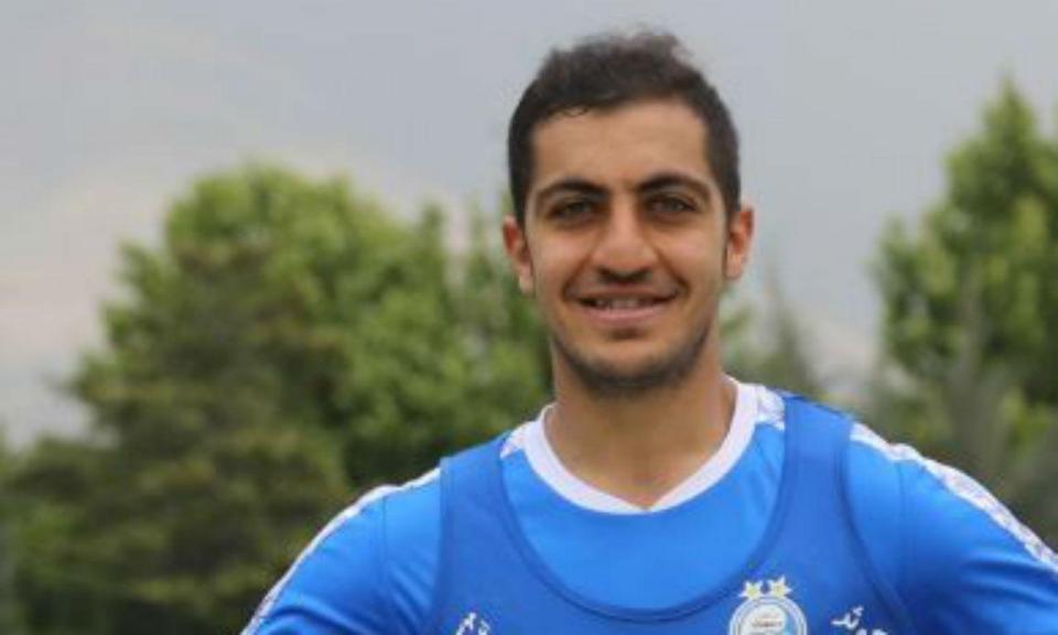 OFICIAL: Trabzonspor reforça defesa com internacional iraniano