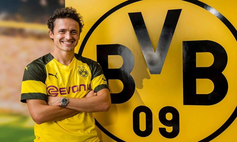 OFICIAL: Borussia Dortmund contrata internacional dinamarquês