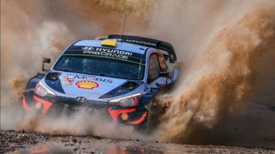 WRC: Andreas Mikkelsen é o líder do Rali da Sardenha