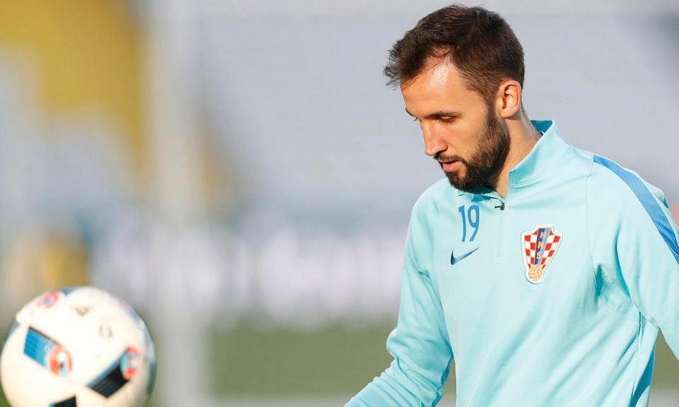 Treinador da Lazio confirma contratação de Badelj