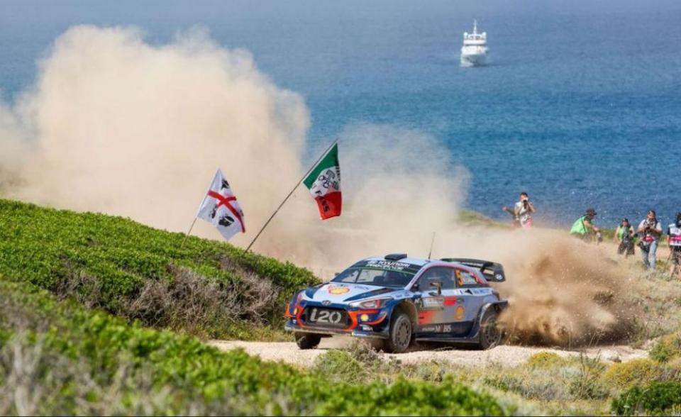 WRC: Thierry Neuville vence Rali da Sardenha na última etapa