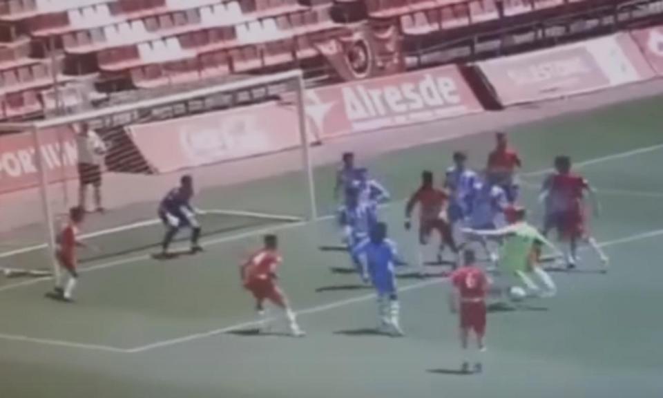 VÍDEO: guardião marca no último lance e mantém sonho da subida