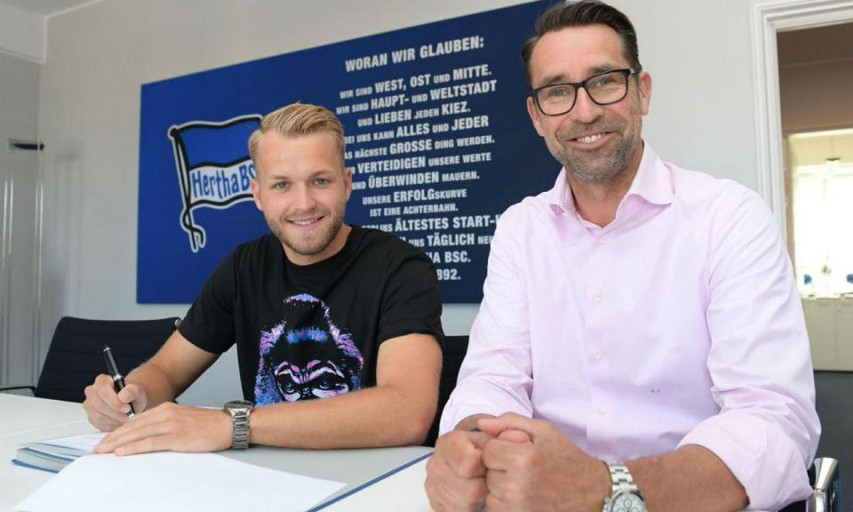 Alemanha: Hertha reforça ataque com Pascal Kröpke