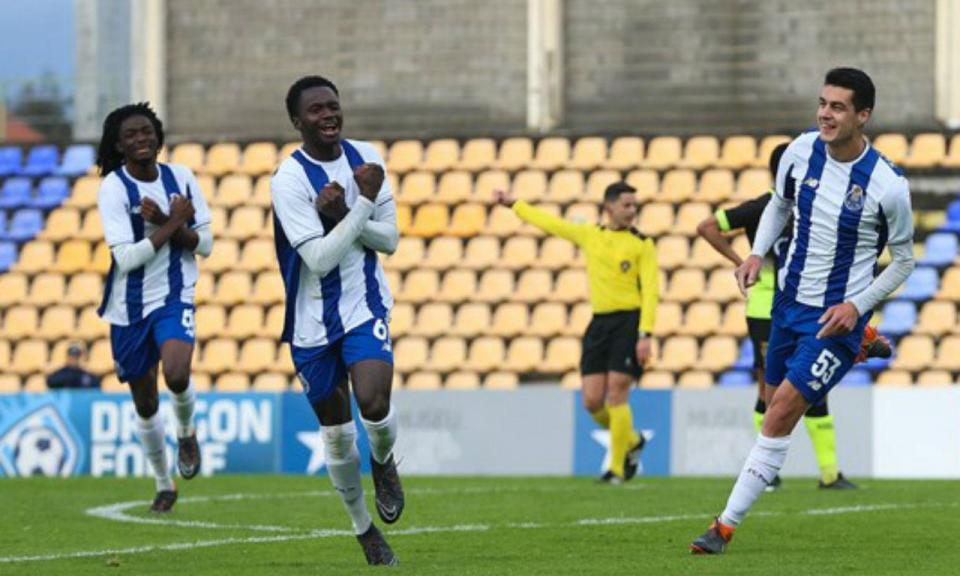 OFICIAL: FC Porto renovou com Madi Queta até 2021