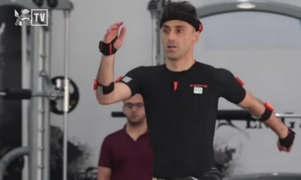 VÍDEO: Jonas treina no Corinthians