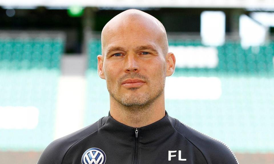 Ljungberg assume equipa de sub-23 do Arsenal