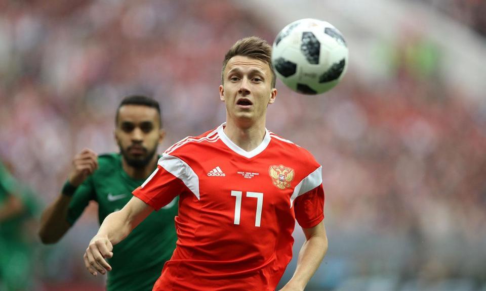 OFICIAL: Golovin é reforço para Leonardo Jardim