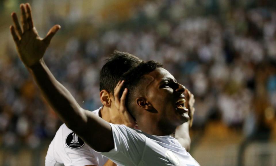 OFICIAL: Real Madrid contrata Rodrygo ao Santos