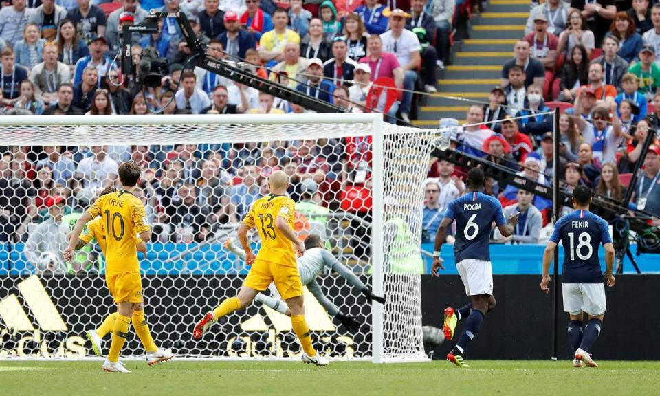 França-Austrália: FIFA tira golo a Pogba