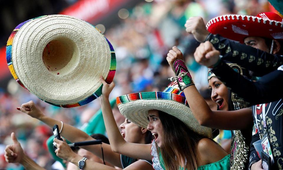 Mundial 2018: FIFA processa federação mexicana por cânticos homofóbicos