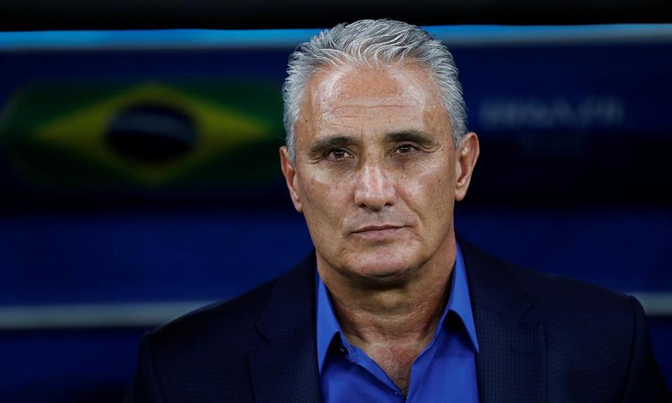 Tite continua selecionador do Brasil até ao Mundial 2022
