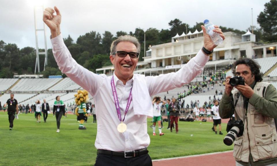 Futebol feminino: Sporting renova com treinador Nuno Cristóvão