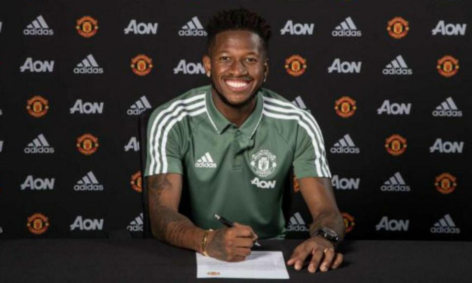 OFICIAL: Fred assina por cinco anos com o Man Utd