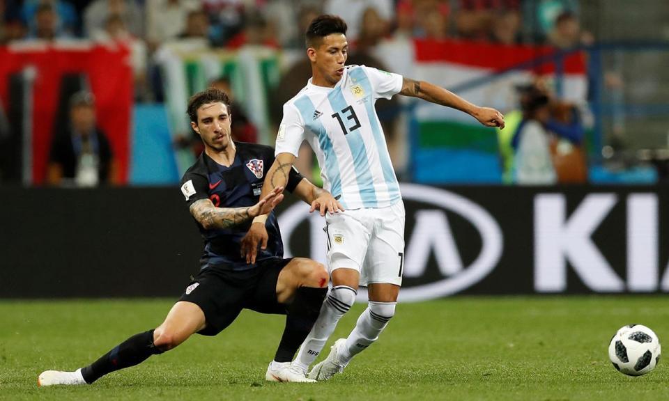 OFICIAL: Meza renova com o Independiente