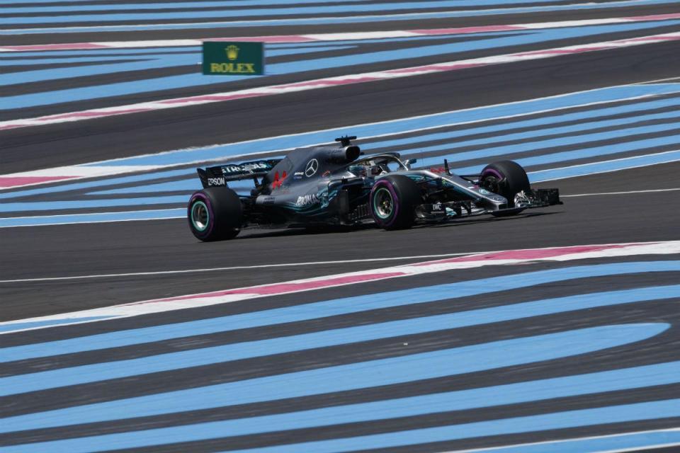 Hamilton centra atenções no arranque do GP de França