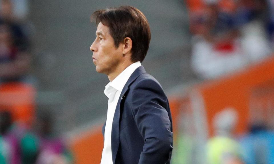 Nishino: «Tomei a decisão de ficarmos atrás com a bola à espera do fim»